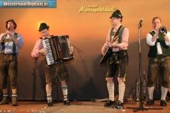 Alpenspektakel_met_Die_Auner_in_kulturhus_De_Klaampe_25_nov_2007_0033