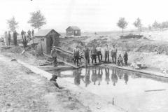 Van_1890_tot_1895_werd_het_Veenkanaal_gegraven_(Large)