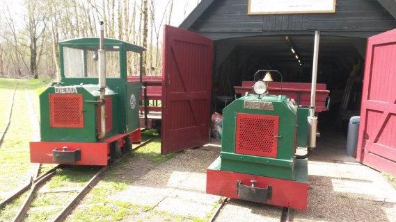 twee-locomotieven-kopie.jpg