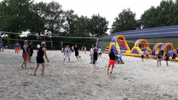 wieke-beach-volleybal2-kopie.jpg